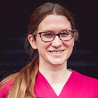 Marie-Jeanne Khiari  - Auszubildende