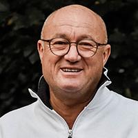 Alexander Molnar  - Dr. med. vet.
